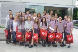 Alumnes de 3er Eso de la Fundació Vicenciana Sant Vicenç de Paül de Cas Capiscol visitaren Grup Serra