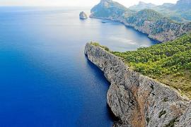 Los recursos pesqueros en aguas de la Serra se han reducido un 90 por ciento