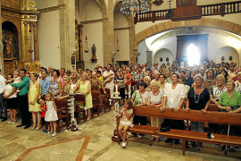 Adelantan el horario de la misa de Lloseta para que los fieles puedan ir a ver al Llosetense