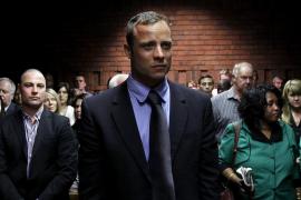 Pistorius sale de la cárcel y pasa a arresto domiciliario