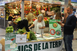 Amics de la Terra presenta una guía para comprar productos de Mallorca