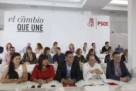 El PSOE está «fuerte y unido» ante un PP «agotado y dividido», según Sánchez