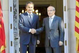 Montilla pide a Zapatero «gestos políticos» y el Gobierno le tiende puentes