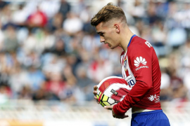 Un espectacular Griezmann tira del Atlético