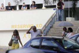 'Cazan' a una funcionaria al llevarse un archivador de un despacho policial