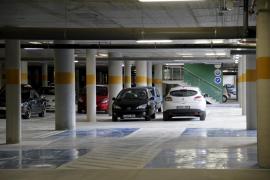 El Govern negocia para rebajar el precio de los aparcamientos de Son Espases y Can Misses