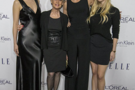 Melanie Griffith presume de madre e hijas en una gala de Hollywood