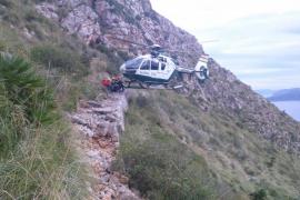 Rescatan a un niño de doce años que se accidentó en Cala Murta