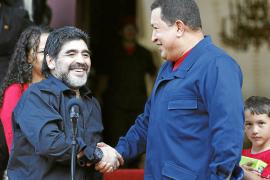 Chávez rompe relaciones con Colombia y decreta «máxima alerta» en la frontera
