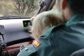 Un niño de 2 años pasa la noche solo en una pista forestal de León