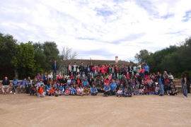 El programa 'CaixaProinfancia' lleva a más de 160 niños al observatorio de Costix