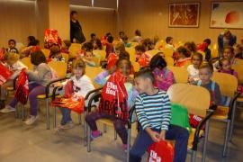 Alumnes d' Infantil del CEIP Moli d'En Xema de Manacor visitaren el Grup Serra
