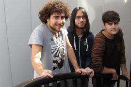 El cuarteto Salvatge Cor fusiona rock y poesía en su primer disco