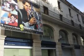El alcalde de Manacor retira del Ajuntament la pancarta que se dedicó en 2010 a Rafael Nadal