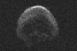 El meteorito 'Gran Calabaza' se muestra como una calavera en su paso cerca de la Tierra