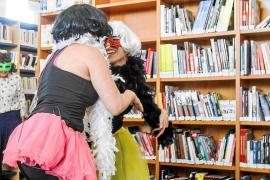 Cas Serres, la biblioteca más divertida de Eivissa