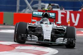 Rosberg consigue la 'pole' en México tras doblegar a Hamilton