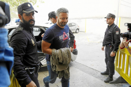 Los cinco comisarios de la Policía Local le cuestan a Cort medio millón de euros al año