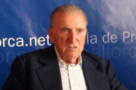 Muere el sacerdote e historiador Josep Estelrich Costa