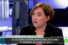 Ada Colau pide «tejer alianzas para posibilitar un referéndum en Catalunya»