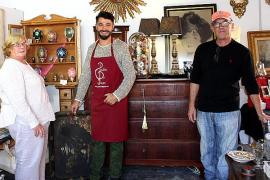 Feria de Antigüedades solidaria en ses Rotes