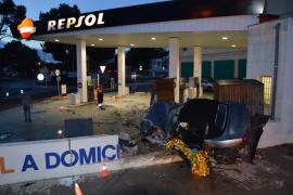 Dos heridos graves en un accidente de tráfico en Porto Cristo