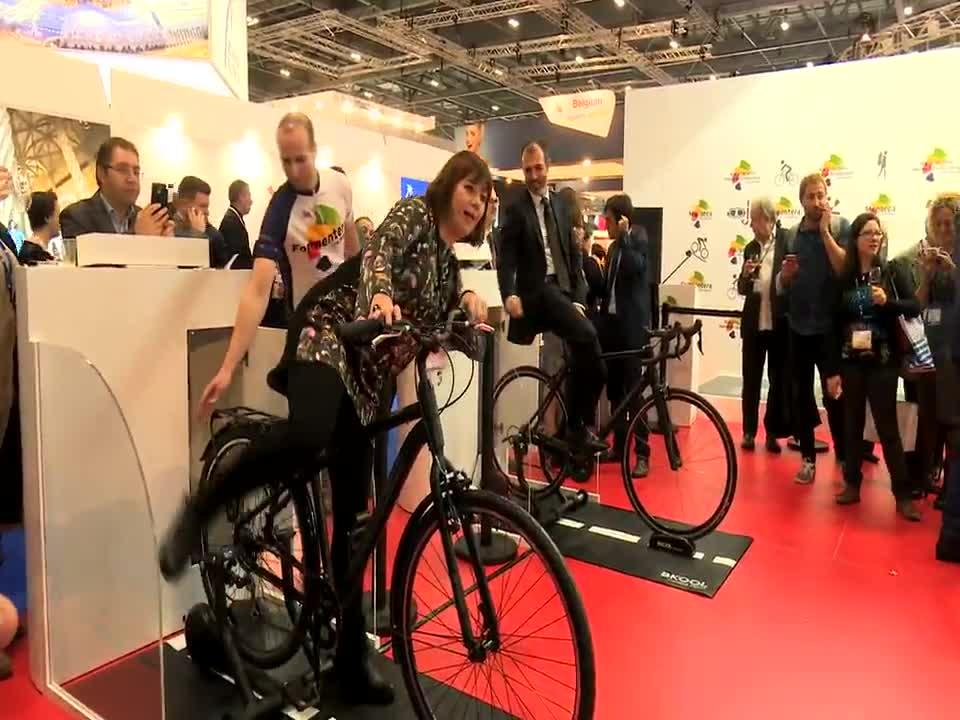Francina Armengol lleva a la WTM de Londres la oferta deportiva de Balears