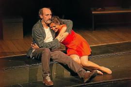 El montaje 'Si la cosa funciona', un cuento moderno, recala en Trui Teatre