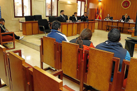 Suspendido el juicio a un clan de Son Banya porque una acusada dio a luz