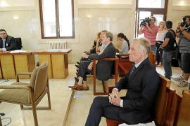 La Audiencia absuelve de un delito de blanqueo al notario Alberto Herrán