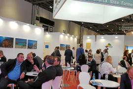 Los touroperadores ya desvían vuelos del norte de África a Balears para 2016