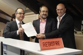 JxSí y la CUP presentan un anexo a la declaración independentista para 'blindar' derechos