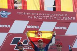 Lorenzo se proclama tricampeón del Mundo de MotoGP en Valencia