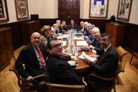 Homs anuncia su marcha de la Generalitat y pide excusas en lo que haya podido fallar