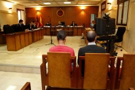 Absuelven a los dos acusados de violar a una joven en un bar de Cala d'Or