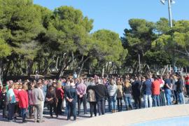 Mallorca guarda silencio en homenaje a las víctimas de los atentados de Francia