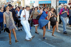 El 'swing'  atrae a centenares de aficionados