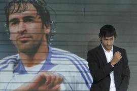 Raúl: «Ser futbolista del  Real Madrid es el mayor sueño que puedo imaginar»