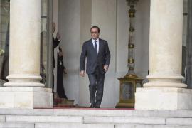 Hollande anuncia que Francia triplicará sus esfuerzos bélicos en Siria