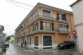 El juez da seis meses para demoler la franja ilegal de los pisos del 'Fantasio' en Alaró