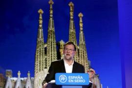 Rajoy, a los soberanistas: «Cuantos más pasos se den en la mala dirección, más difíciles serán las cosas»