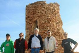 20 años de desidia derrumban la torre de Cala Figuera