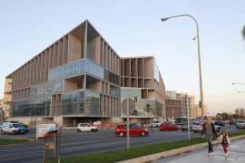 Cort y Govern confían en que Acciona no paralice las obras del Palacio de Congresos