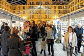 Las 200 casetas del mercado navideño abren el 2 de diciembre