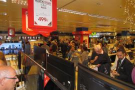 Buena afluencia de visitantes y ventas en el arranque del Black Friday