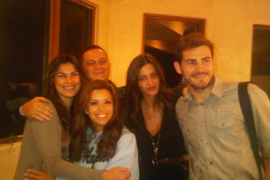Iker y Sara, de cena con Eva Longoria