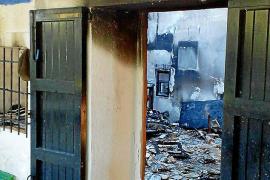 Hospitalizada una mujer tras un incendio en una casa de Manacor