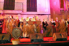 La XIII Festa del Vi Novell  de Santa Maria anuncia la nueva añada con un gusto peculiar
