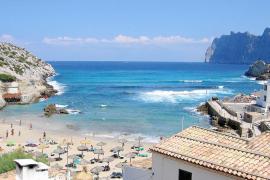 Proponen reconvertir turísticamente Cala Sant Vicenç creando una reserva marina