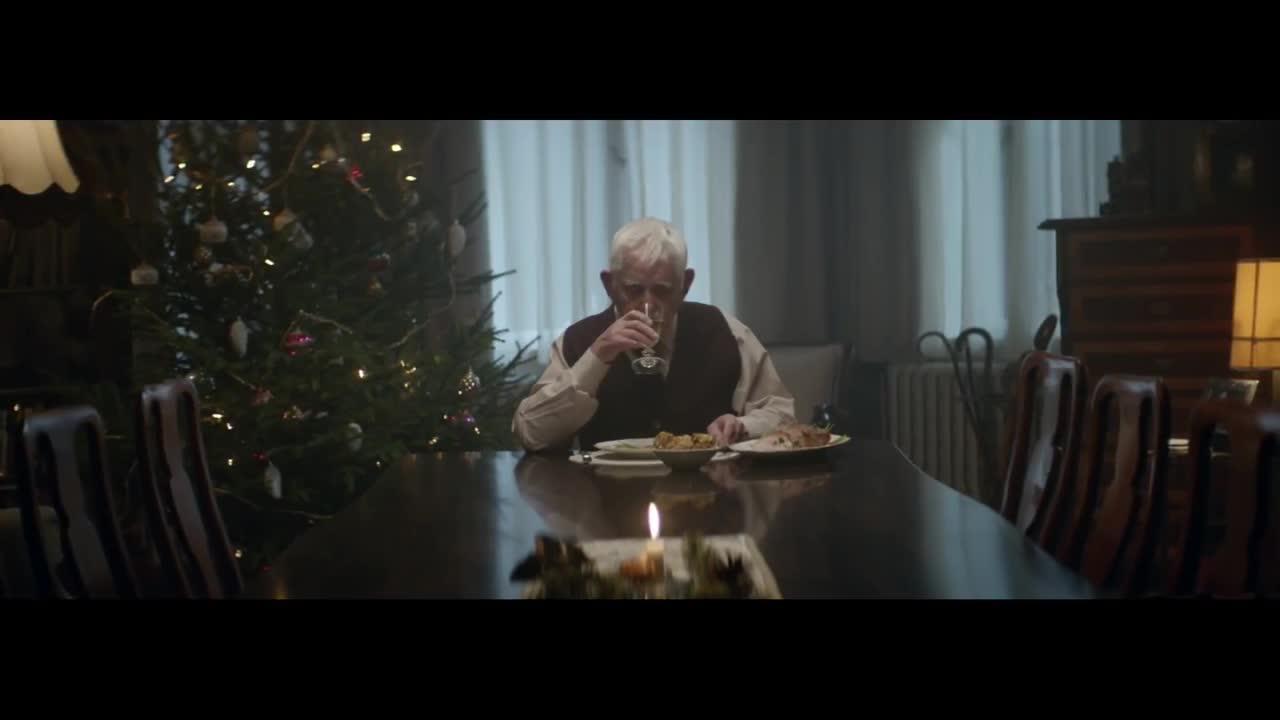 Un anuncio navideño emociona a los internautas en las redes sociales